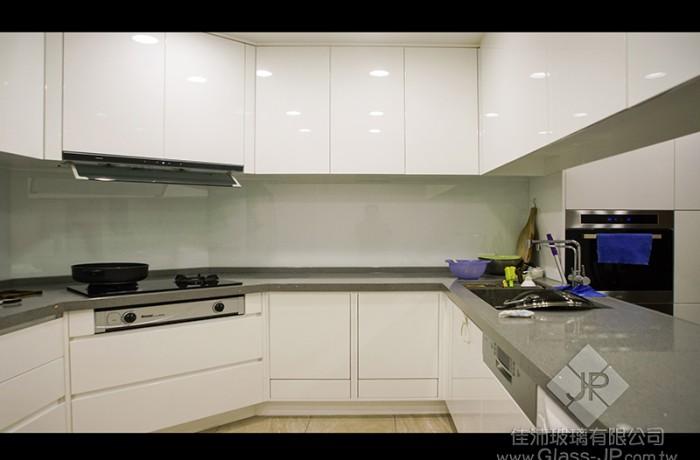 (廚房) 櫥櫃.超白玻璃烤漆(色系-不變黃白)