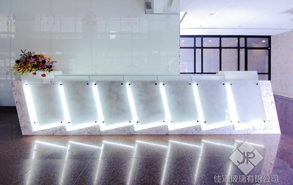 (櫃檯) 5+5 膠合玻璃 – 瓷白膜